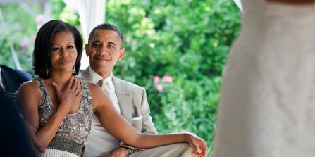 44-romantic-photos-of-barack-and-michelle-obama